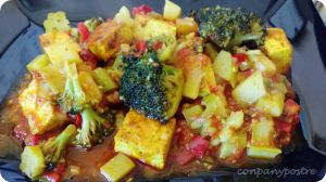 "Receta Tofu ""moruno"" en pisto al anís estrellado / Tofu with vegetables and spices"